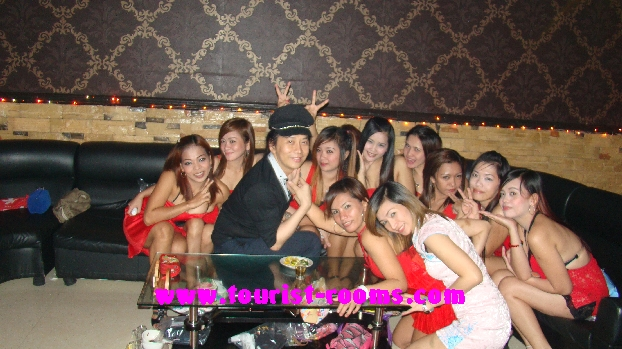 WHAT A FUN PLACE TO BE SURROUNDED BY SO MANY LOVELY FEMALES AT MALATE MANILA KTV