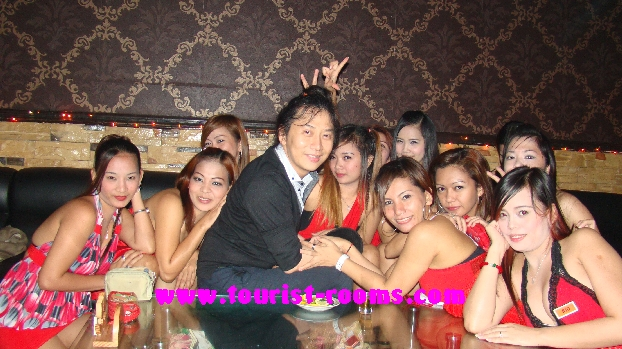 THIS IS PARADISE BEING SURROUNDED BY SO MANY LOVELY SWEET LADIES AT MALATE MANILA KTV