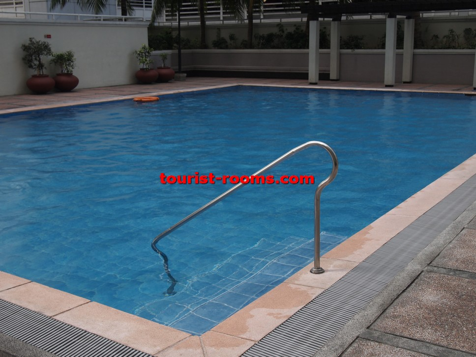 SWIMMING POOL AT  GATEWAY GARDEN HEIGHTS,GATEWAY GARDEN HEIGHTS,MANILA APARTMENTS FOR RENT,APARTMENT NEAR BONI MRT STATION FOR RENT,APARTMENT NEAR FORUM ROBINSONS MALL FOR RENT,APARTMENT AT MANDALUYONG FOR RENT,MANDALUYONG APARTMENT,MANDALUYONG APARTMENT FOR RENT