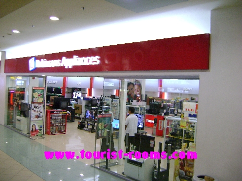 ROBINSONS APPLIANCE SHOP AT FORUM ROBINSONS SHOPPING MALL, GATEWAY GARDEN HEIGHTS,GATEWAY GARDEN HEIGHTS,MANILA APARTMENTS FOR RENT,APARTMENT NEAR BONI MRT STATION FOR RENT,APARTMENT NEAR FORUM ROBINSONS MALL FOR RENT,APARTMENT AT MANDALUYONG FOR RENT,MANDALUYONG APARTMENT,MANDALUYONG APARTMENT FOR RENT