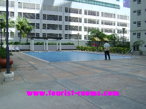 SWIMMING POOL AT GATEWAY GARDENS HEIGHT,GATEWAY GARDEN HEIGHTS,MANILA APARTMENTS FOR RENT,APARTMENT NEAR BONI MRT STATION FOR RENT,APARTMENT NEAR FORUM ROBINSONS MALL FOR RENT,APARTMENT AT MANDALUYONG FOR RENT,MANDALUYONG APARTMENT,MANDALUYONG APARTMENT FOR RENT